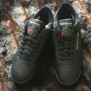 Practically New Women Classic Princess Reebok shoe